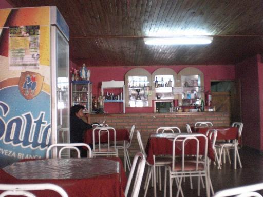 klein restaurantje in Vina