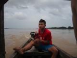 Onze stuurman naar de Irrawaddy Rivier Dolfijnen