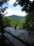Bovenaan de Kuang Si Waterval