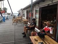 koffie aan de jachthaven