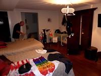 de was ligt te drogen op de kamer