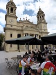 lunch voor de kathedraal in Pamplona