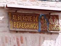 een stempel scoren in de Albergue de Peregrinos in Carrión de los Condes