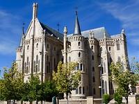 bisschoppelijk paleis van Gaudi in Astorga