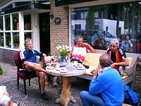 eerste koffiestop is in Naaldwijk bij Cees en Karin