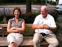 tot onze verbazing zit bij aankomst Gijsbert naast Karin