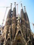 gigantische basiliek in aanbouw