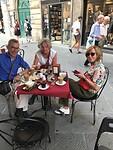Eerste ontbijt in Pisa
