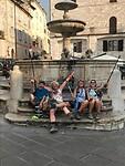 aangekomen  in Assisi,  bijna halfweg onze pelgrimstocht naar Rome 🙏🌟