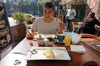 Eerste ontbijt, check!