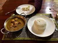 Mijn Indiase curry met knoflookbrood
