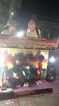 De poppenspelers op de avondmarkt in Khon Kaen