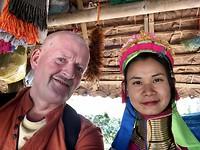 Bij de Karen Long Neck indianen