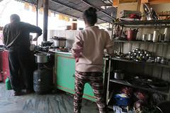 visrestaurant onderweg in Malekhu