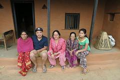 Sanjeep met familie
