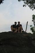 Op de rots naast het geboortehuis