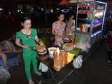 Straatmarkt in Can Tho met heerlijke gerechtjes!