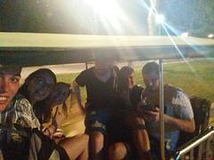 7 in een tuktuk past best