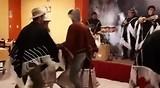 Echt waar, Dylan danst op z'n Peruviaans!