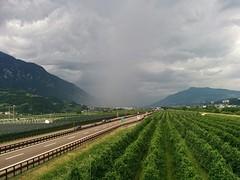 En daar rijd ik straks in, flink onweer in Trento