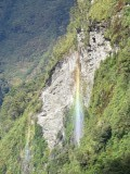 Een regenboog in Doubtful Sound