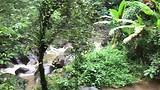 Nationalnpark Helaas was zwemmen bij de waterval niet mogelijk ivm regen