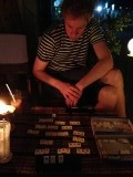 Bagan - 's Avonds lekker spelletje spelen, Erwin heeft gewonnen:)
