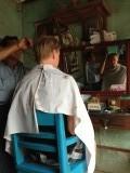 Bagan - Erwin naar de kapper voor 90 cent!