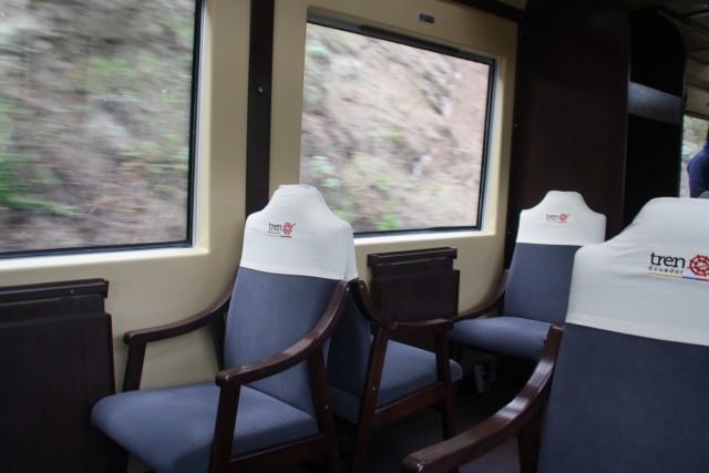 Losse stoelen in de trein, zo vreemd