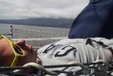 Tijdens het varen lekker in de zon op het dek
