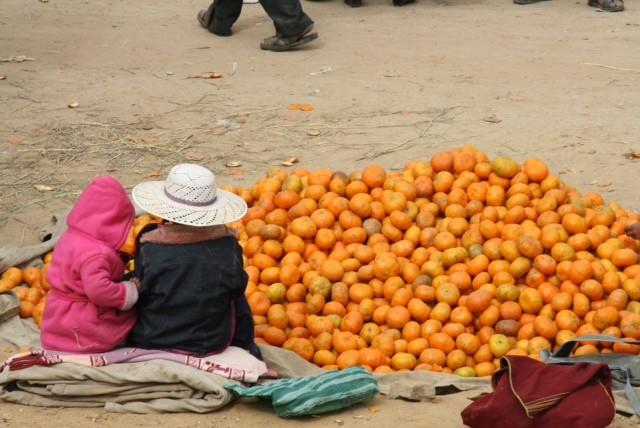 Op de zondag markt in een dorp vlakbij Sucre (1,5 uur met de bus)