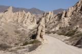 Route rondom Salta gaat over kleine weggetjes en door bergen, super mooi