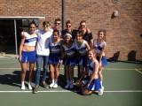 foto van de boys met cheerleaders in Ceres