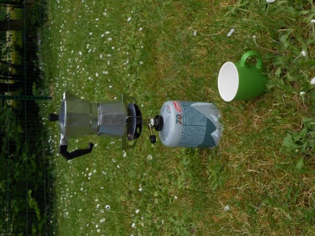 Fabulous koffie zetten met mijn gasbrander in sauvigny op camping   Foto  #RF25