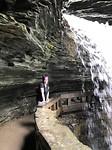 Poseren onder een waterval