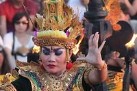 Rama, in the Ketjak dance
