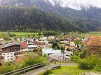Uitzicht over Oetz vanaf de kerk.