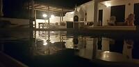 Laatste avond bij het zwembad