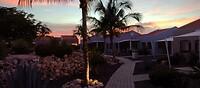 Zonsondergang voor ons huisje
