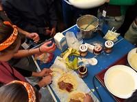 Pannenkoeken bakken en versieren