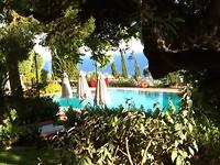 Doorkijkje zwembad Felix