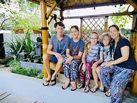 Family of five @ INNI's homestay in Malang