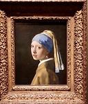 Meisje met de parel, Johannes Vermeer. Hangt in het Mauritshuis