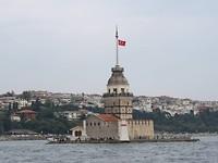 Kiz Kulesi of meisjestoren bij Istanboel.