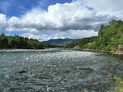 Wandeling langs de rivier Driva