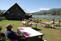 Lunch aan het meer