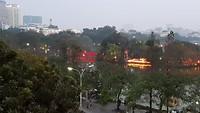 Hanoi aan het begin van de avond