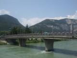 Een van de tientallen bruggen