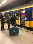Paulo met de trein terug naar Rotterdam Centraal