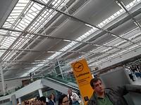Op het vliegveld...alweer vertrektijd😥